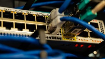 Jak połączyć się z routerem?